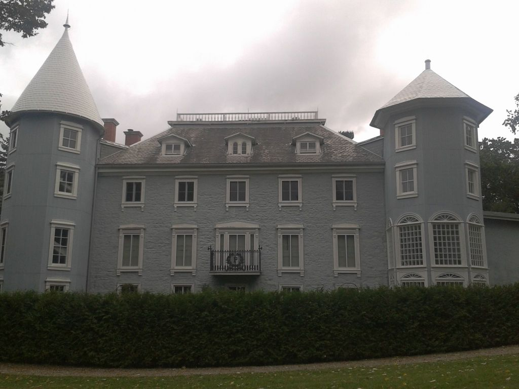 An old Mansion in Montebello